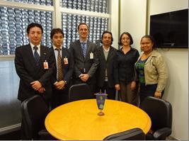 ロドリゴABESCO会長 (右から3番目)とミーティング