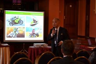 ロシアSWGメンバー 川崎重工業㈱  JASE-Wの紹介とロシアにおけるCHP導入支援策の 提言を行った