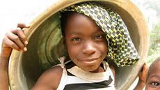 Unterstütze Kinder und Jugendliche in Ghana beim Schulunterricht