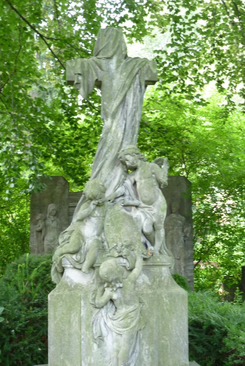 Dorotheenstädtischer Friedhof II - Grabstätte Fam. Weinschenck  © Diana Schaal