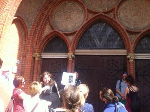 Diana Schaal erzählt von der Kircheneinweihung mit Kaiser Wilhelm II.