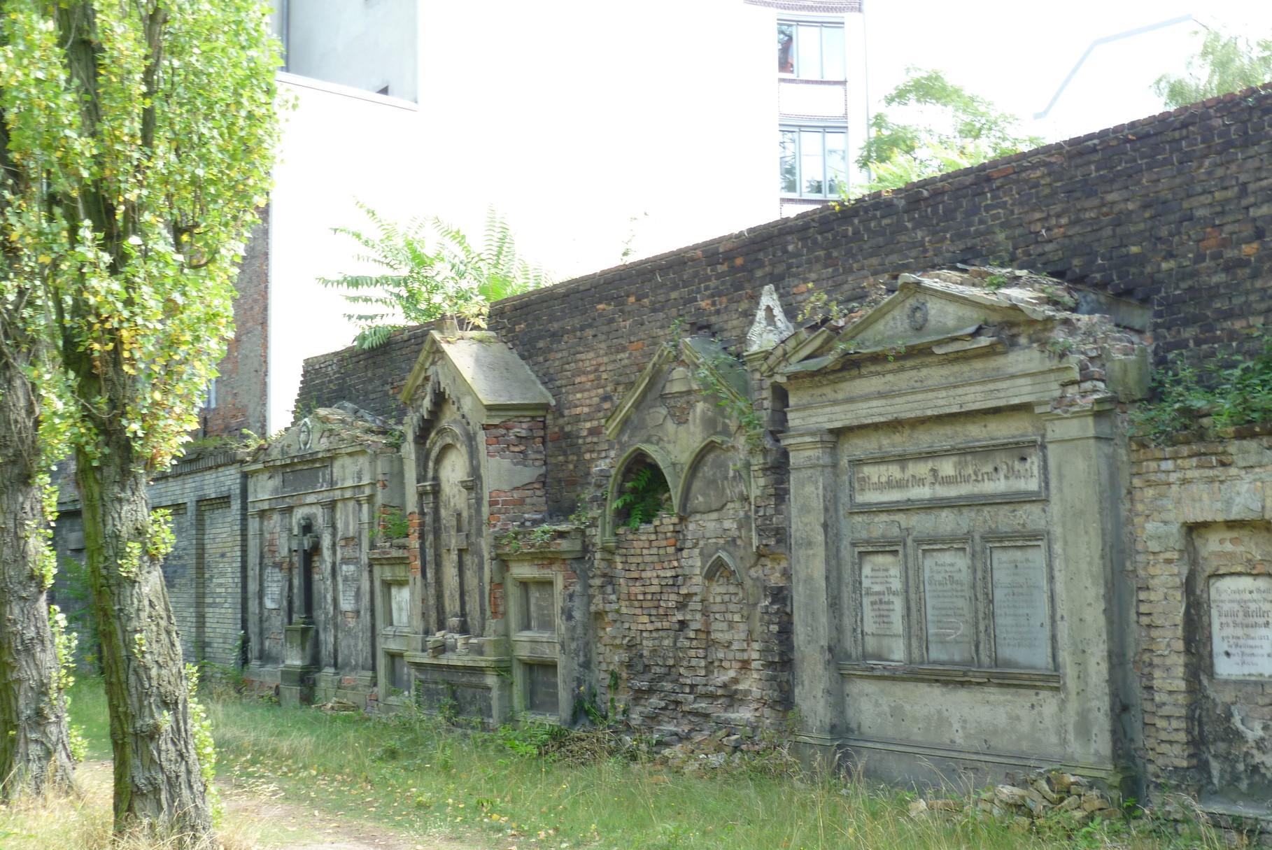 Domfriedhof I - Wandgräber  © Diana Schaal