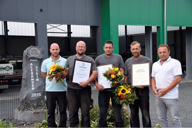 von links: Alexander Stein (Geschäftsinhaber), Thomas Walther, Thorsten Happ, Helmut Krebs, Norbert Stein (Senior-Chef)