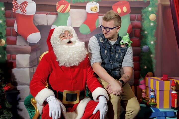 Père Noel und ich auf dem Bild