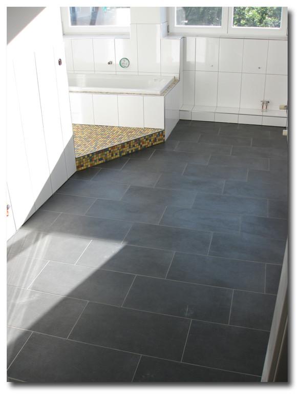 wir sind spezialisiert auf die bereiche bad sanierung fliesen verlegen und trockenbau. Black Bedroom Furniture Sets. Home Design Ideas