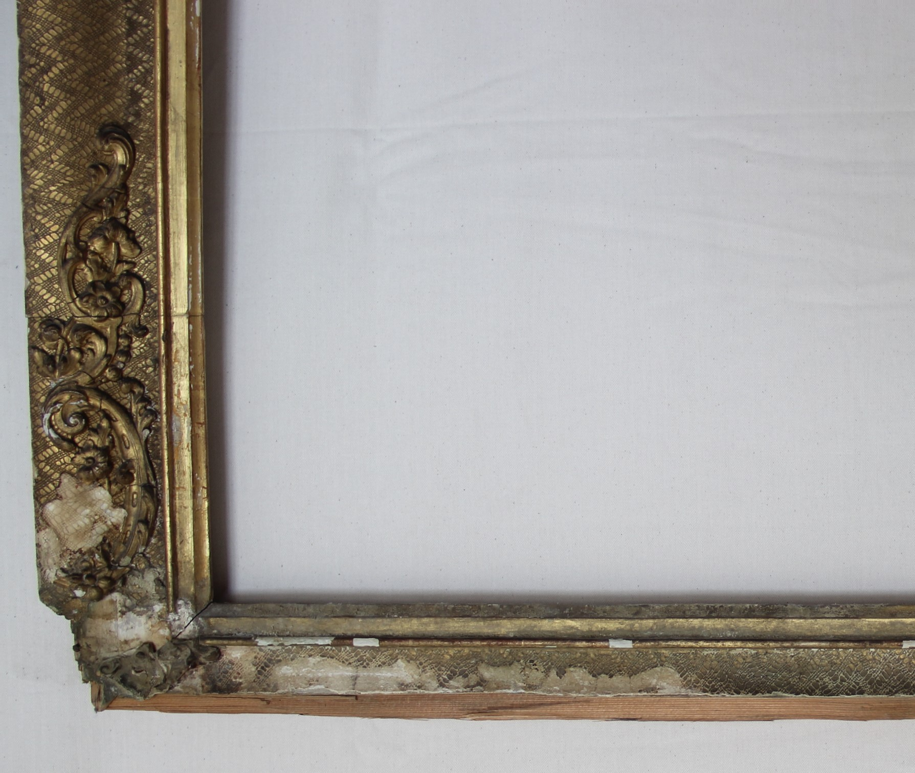Stark zerstörter Gemälderahmen um 1900;  Vorzustand, Pfarrkirche St. Max Augsburg