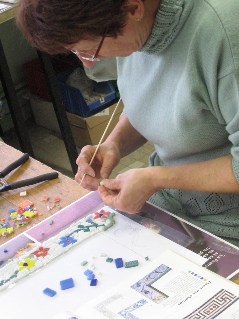 le cadre petites fleurs de Babeth, mosaïque à Fumel