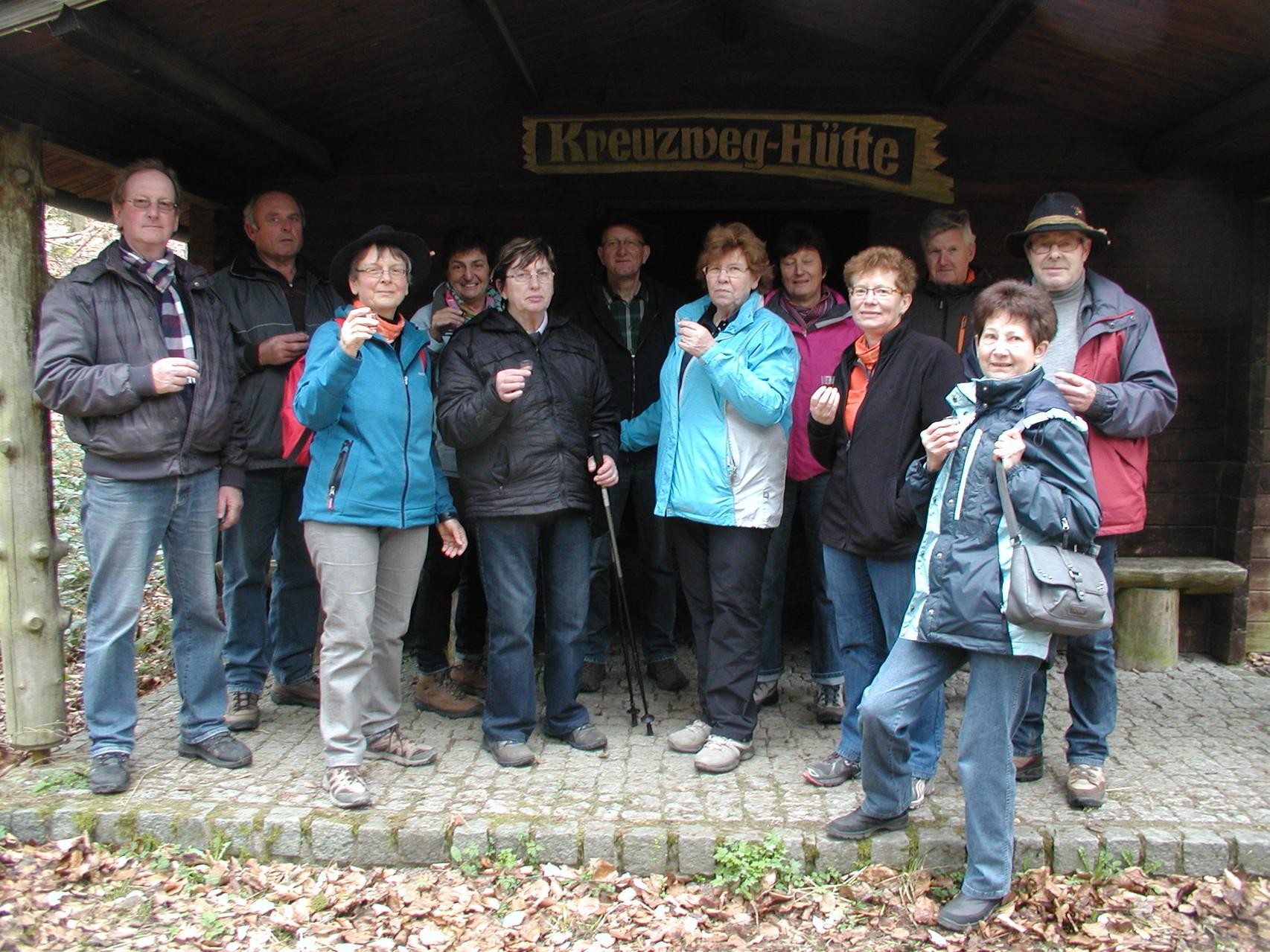 Wanderung zum Sophienhof Raibreitenbach am 23.03.14 - Na denn Prost!