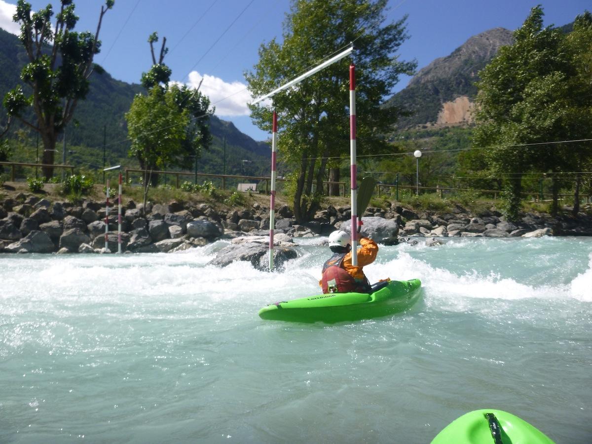 Die Slalomstrecke in Argentiere la Bessee bietet optimale Bedingungen zum Techniktraining.
