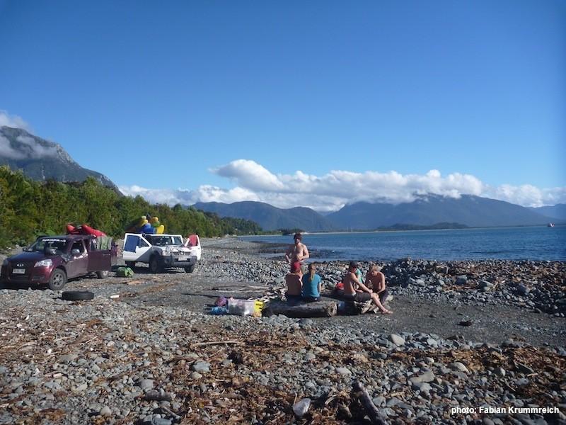 Camp am Strand bei Chaiten, Foto: Fabian Krummreich