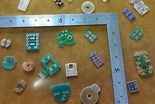 小型プリン基板の製造を得意としています