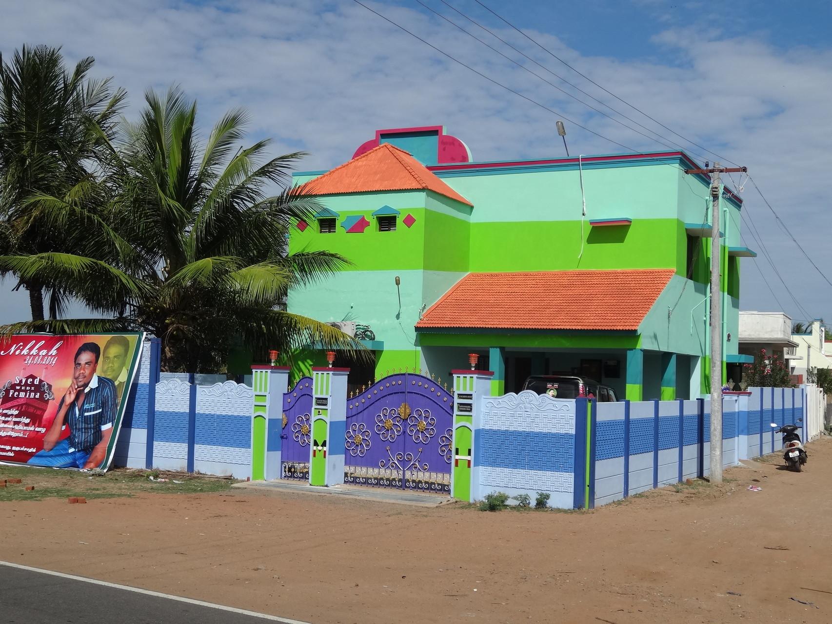 Prouesse architecturale pour le moins colorée