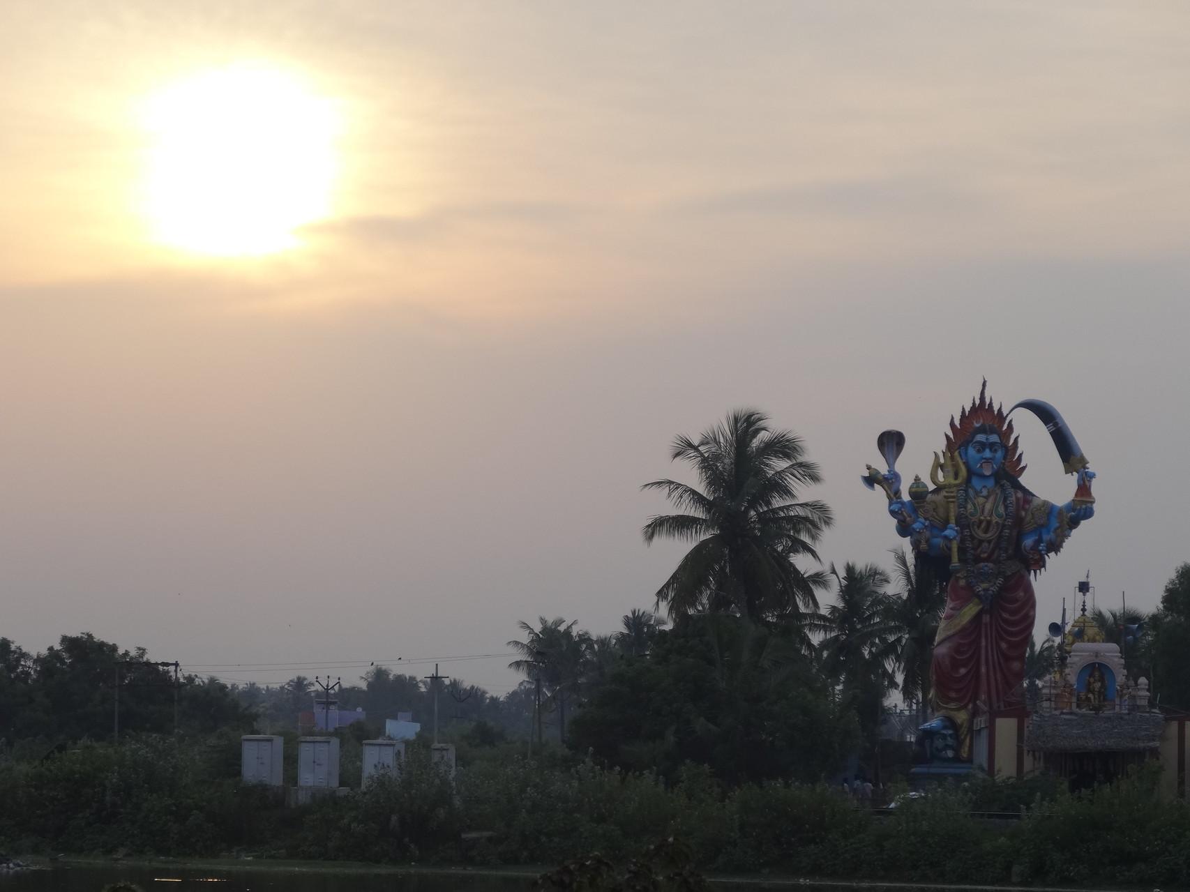Fin de journée sous la protection des dieux hindous