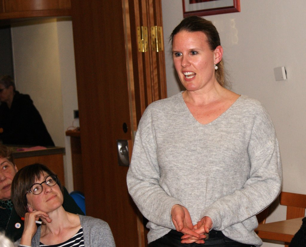 Kathrin Ostalecki, die neue Jugendleiterin, stellt sich vor