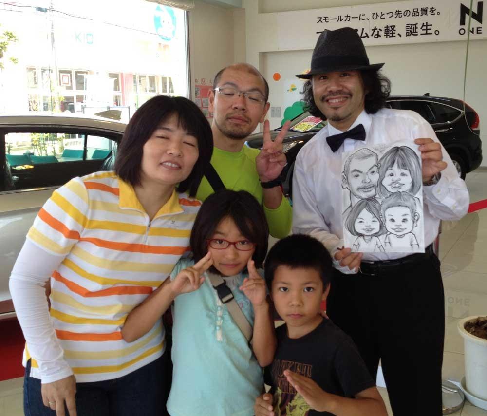 HONDACARS様のサービスデーイベントにて出張似顔絵ライブ!