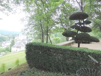 Terrasson, jardins de l'imaginaire, perspective, taille d'un arbuste