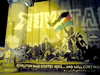 mur sur la frontière entre Israel et la Palestine, 8m de haut! Révolte des Arabes.
