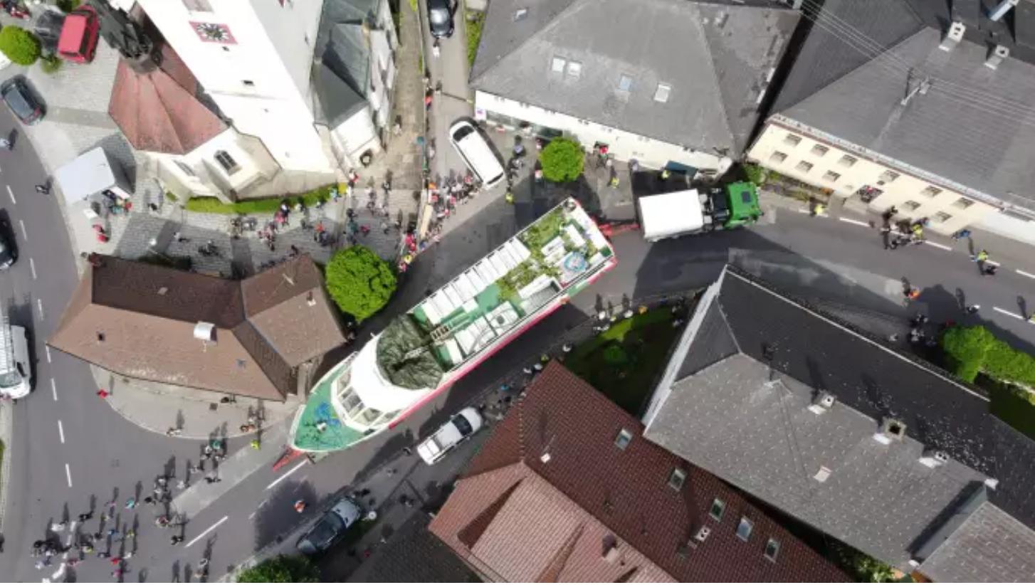 »Passagierschiff rollt duchs Mühlviertel«
