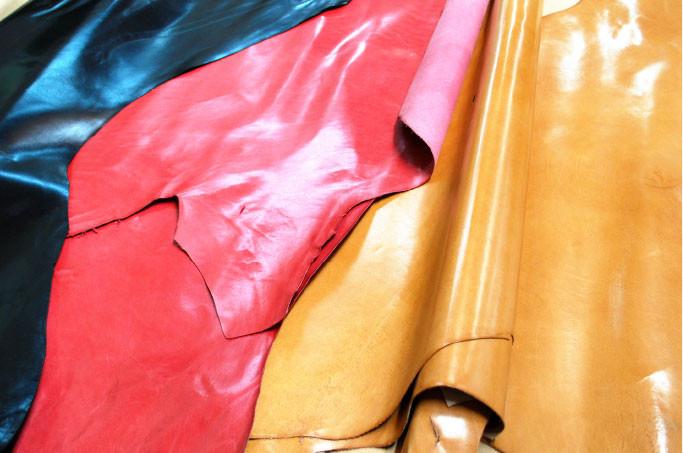 存在感が違う色気漂うイタリア製高級皮革