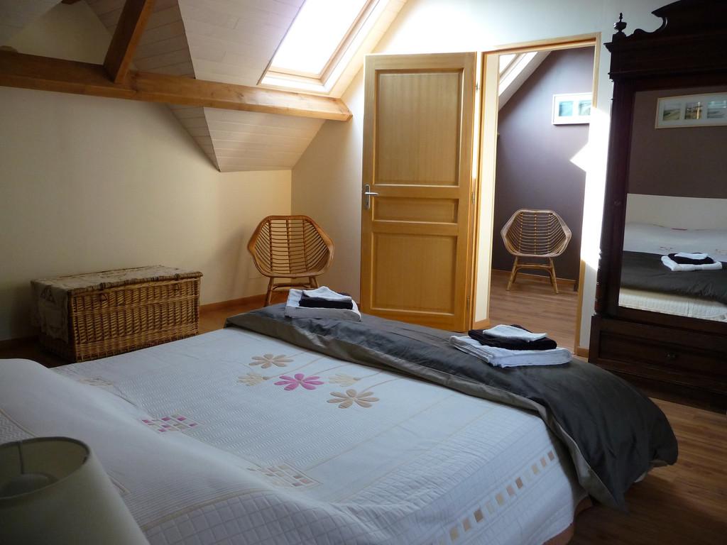 Chambre familiale 3 épis (4-5 places) : Les Echelles - Les noisetiers chambres d'hôtes au coeur du val de noye