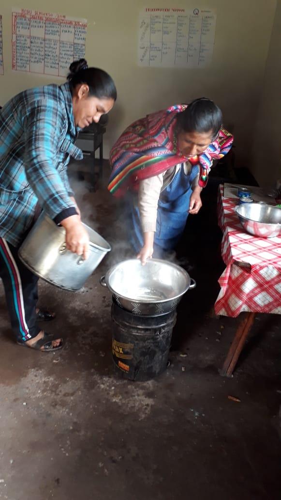 Madres de familia en la cocina - 10 septiembre