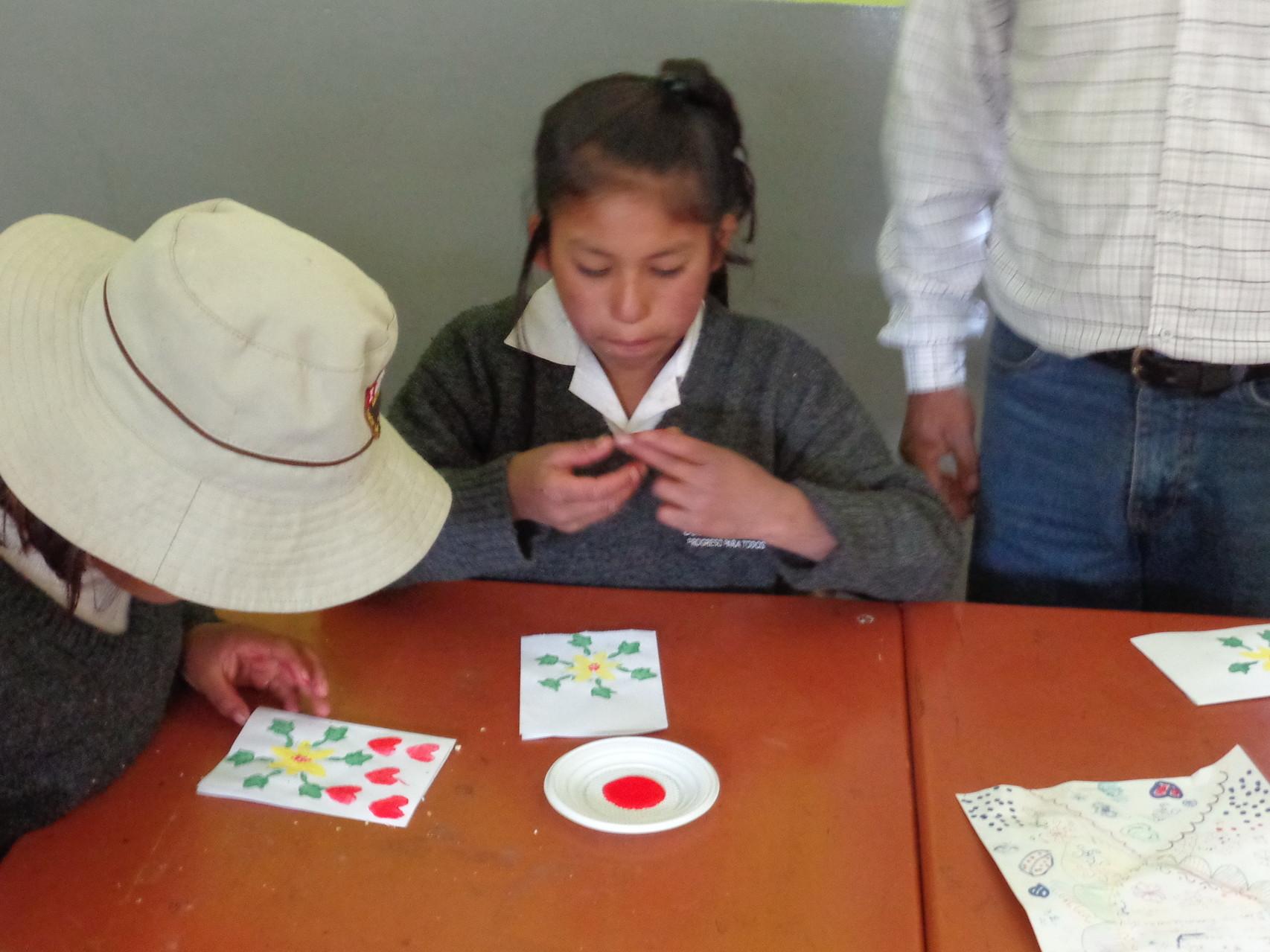 08 Mayo - Elaborando tarjetas Día de la Madre
