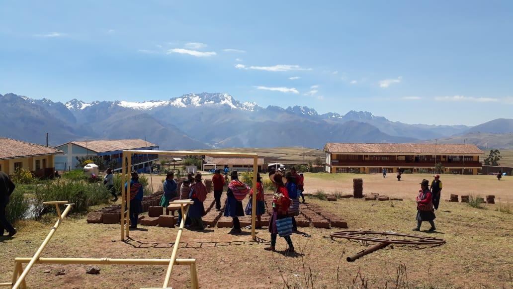 Mostrando los palos para la construcción – 06 septiembre