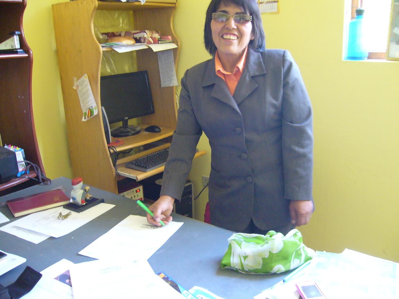 IE. Oropesa - Directora Sra. Hermelinda Dávalos