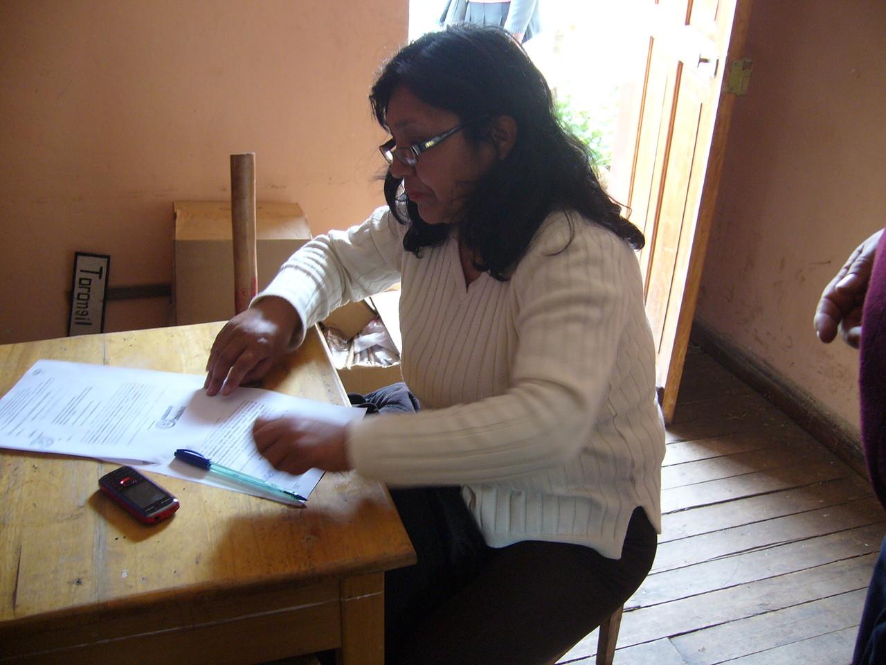 IE. Caicay- Directora Sra. Martha Álvarez