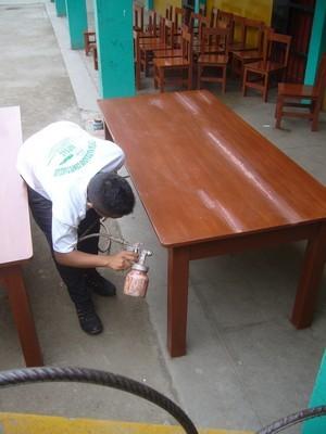 Dando los toques finales al mobiliario