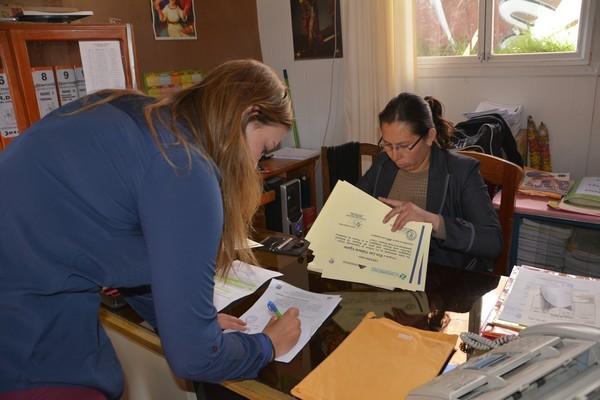 27 Mayo-Fabiola desarrollando gestiones sobre los certificados en la UGEL-CUSCO.