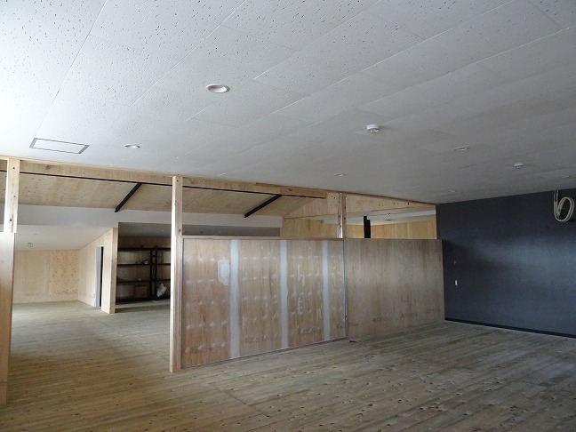 2020.2.17 これから家具・建具の取付けが始まります。