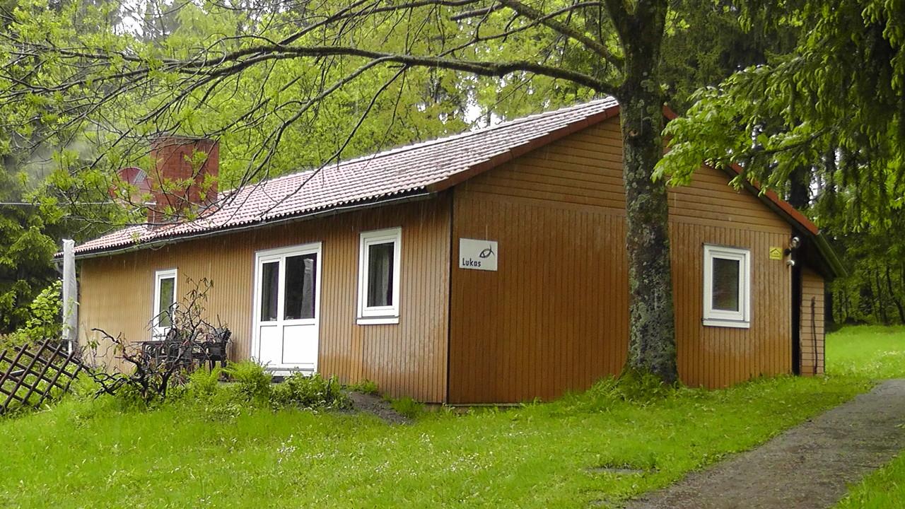 """Auch das Haus """"Lukas"""", das nun für zwei Tage unser Zuhause sein sollte, gefiel uns sehr gut. Dort richteten wir uns gemütlich ein, verteilten uns auf 3 Schlafräume..."""