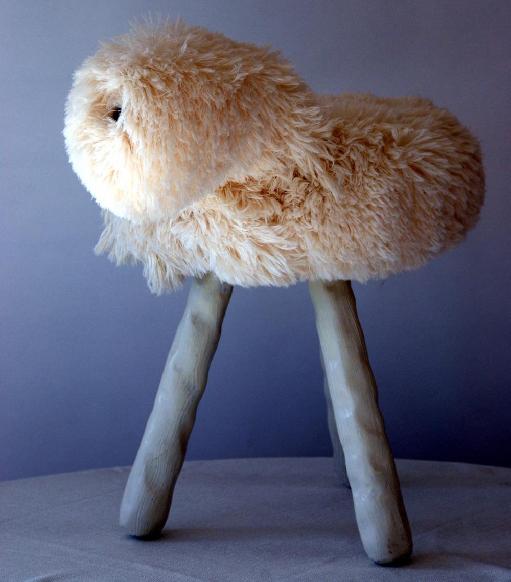 Trépied, pieds peints, fourrure coton, 1 pièce