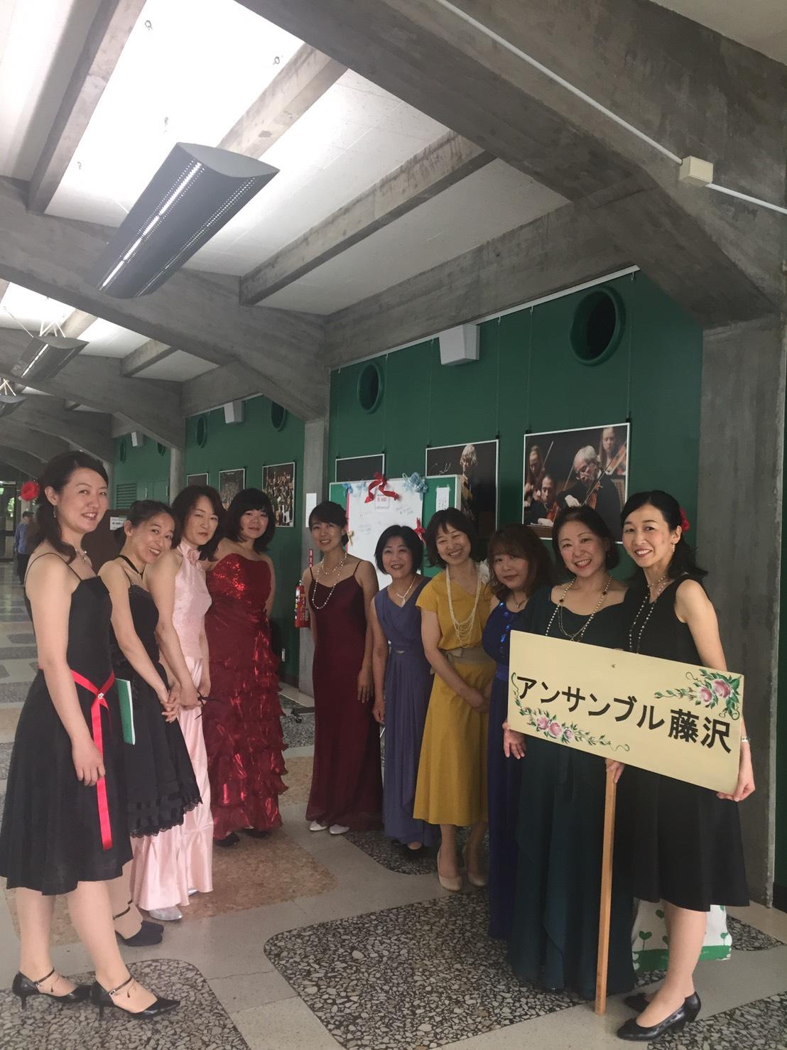 17年神奈川県合唱祭こんな衣装で