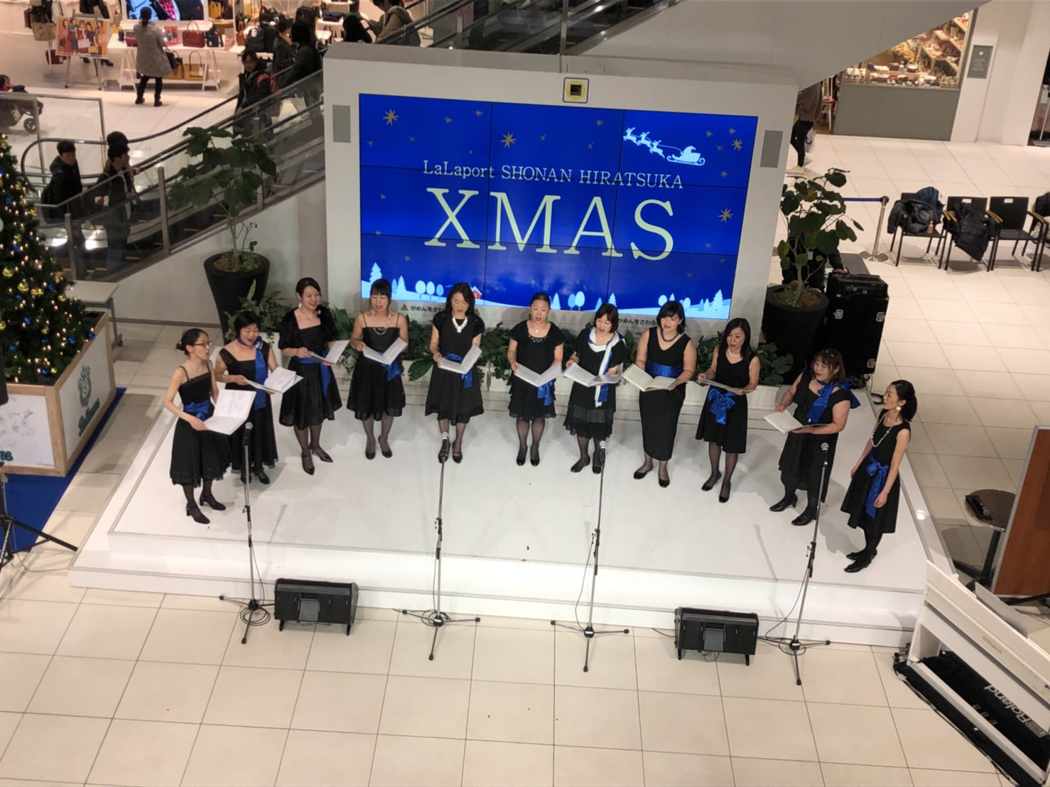 クリスマスの歌は2曲のクリコンでした