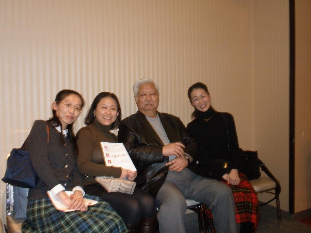 平野先生はとても大きいです。