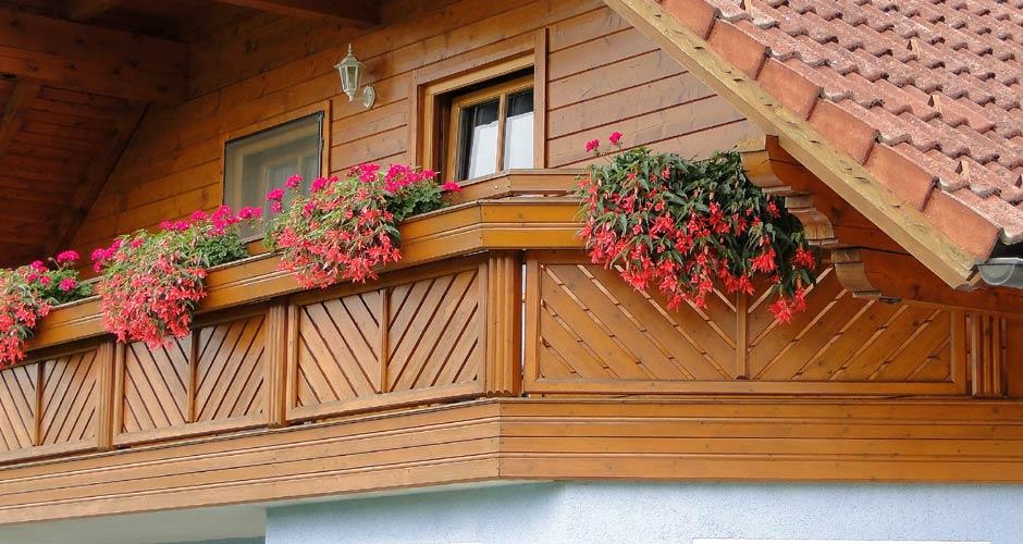 Holz Balkongeländer St. Pölten