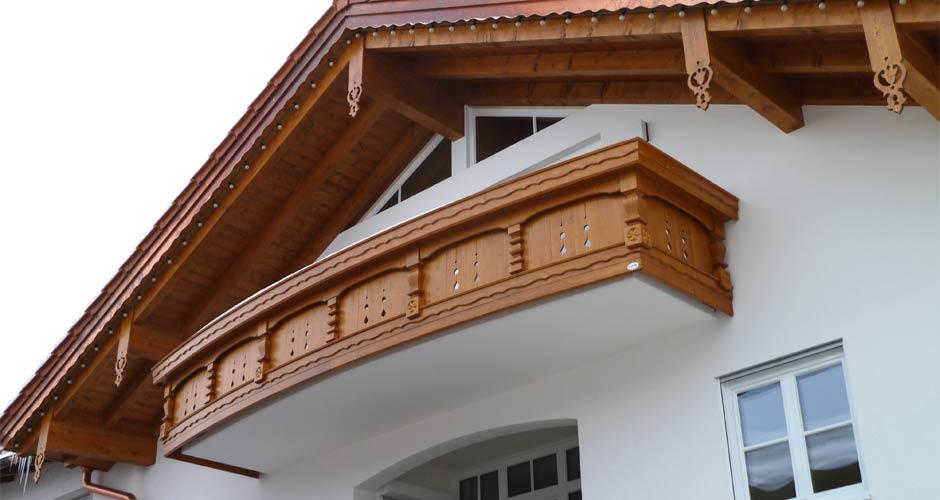 Holz Balkongeländer Saalfelden