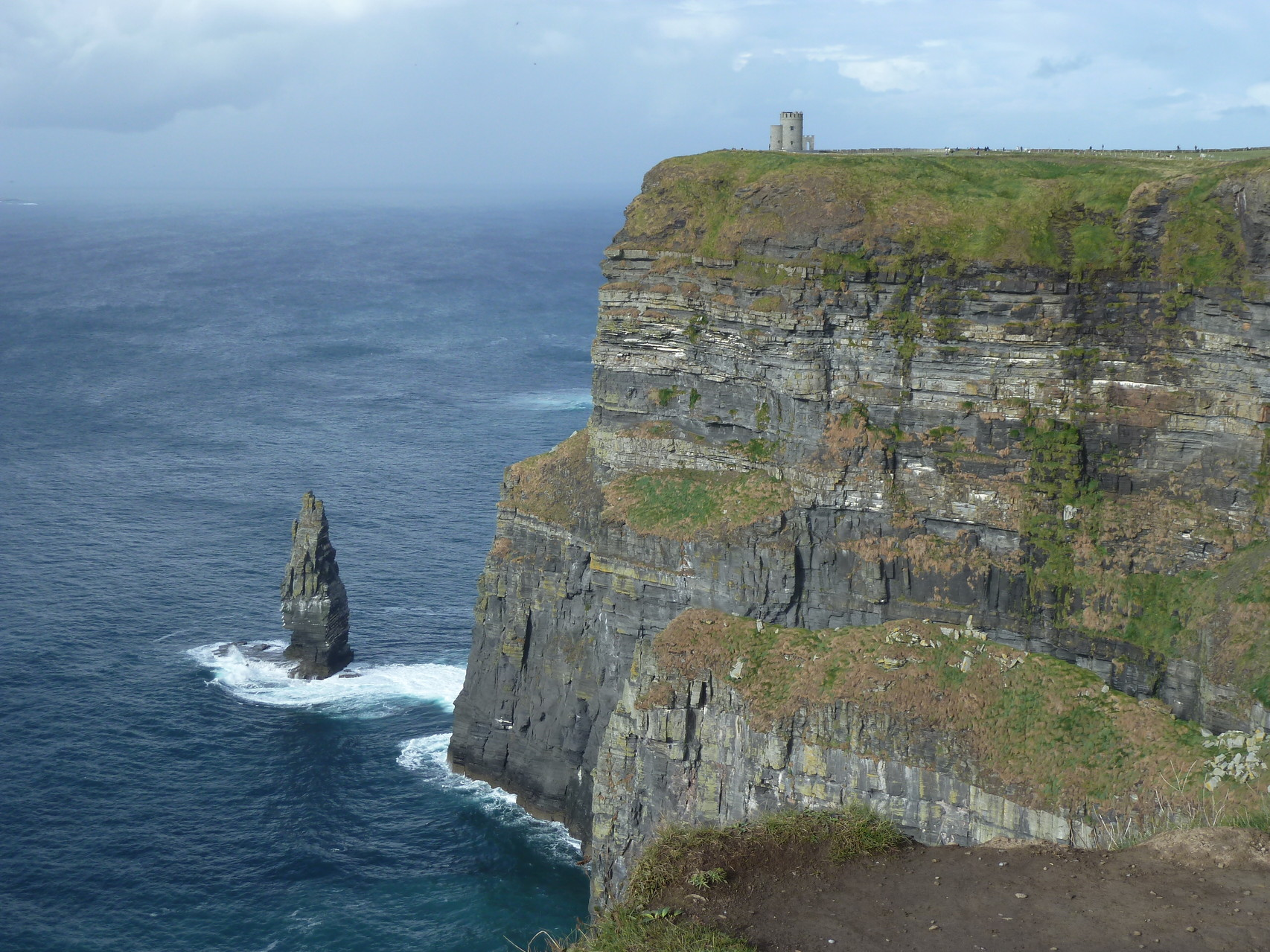Cliffs of Moher - Blick auf O'Brian's Tower