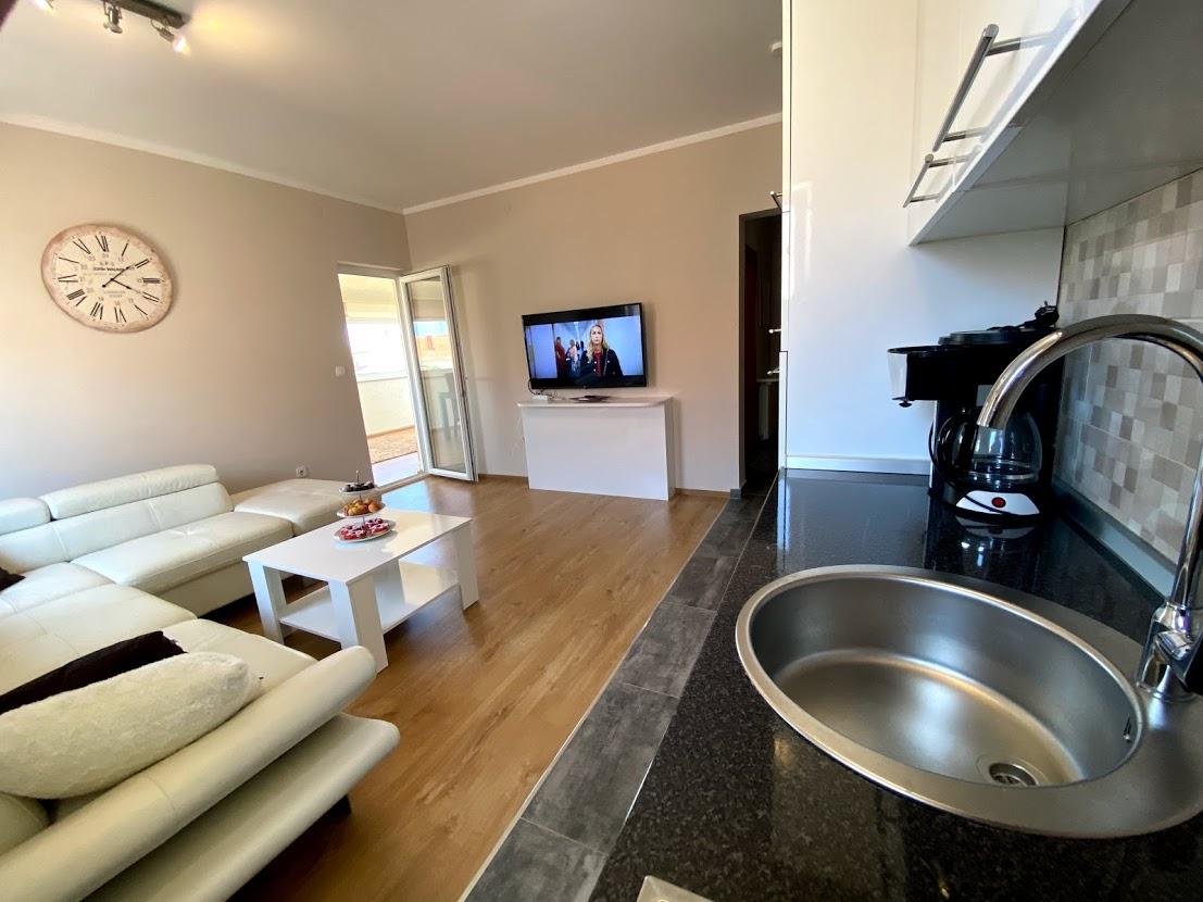 AP 3, Wohnraum mit Küche
