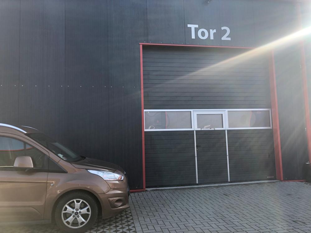 Eingang Halle am Tor 2
