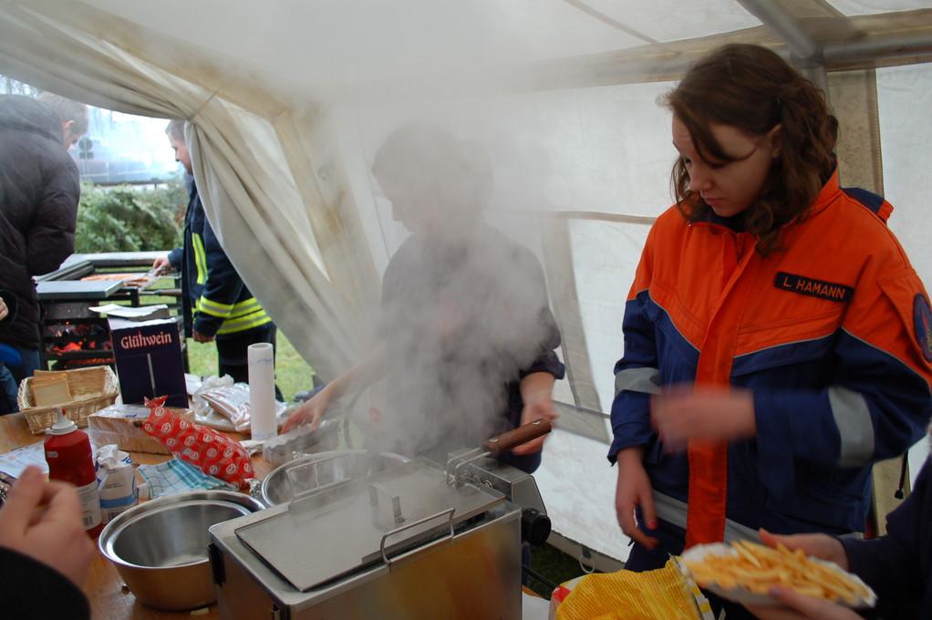 Tannenbaumverbrennen - Knut, 07.01.2012