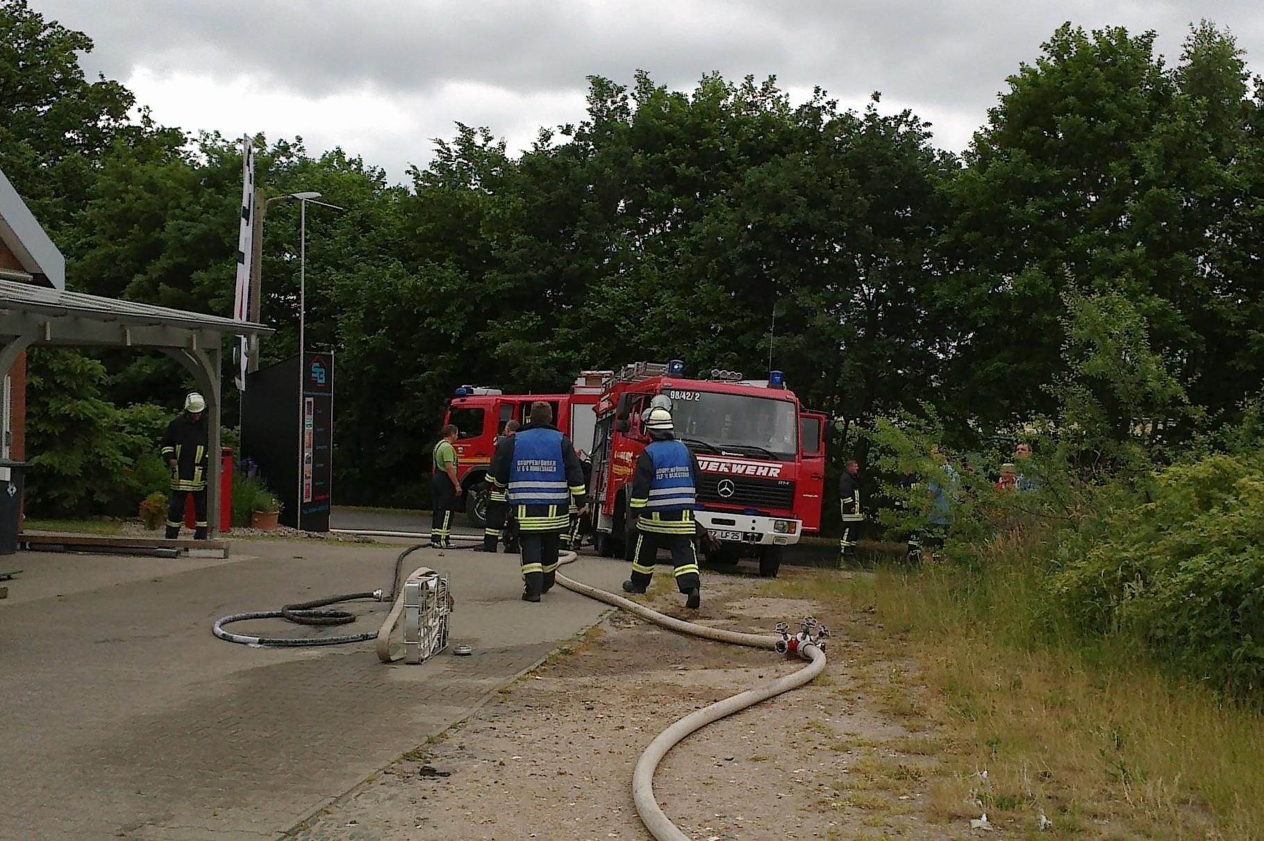 PKW-Brand in Rondeshagen, 14.06.2015