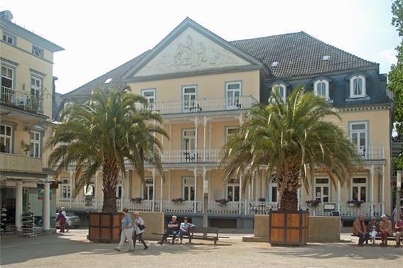 Historische Kurort-Architektur im Zentrum der Stadt.