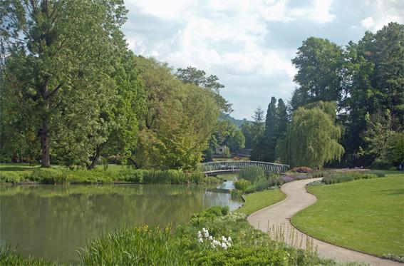 Der als Landschaftsgarten nach englischem Vorbild gestaltete Teil des Kurparks.