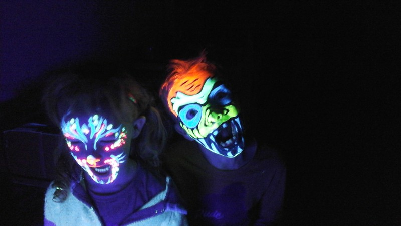 Die Schminkfee Glow Party