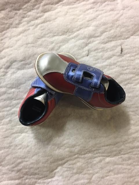 hot sale online 799b4 d7af7 Bowlingschuhe K8 Bowling-Schuh Schuh mit Klettverschlus ...