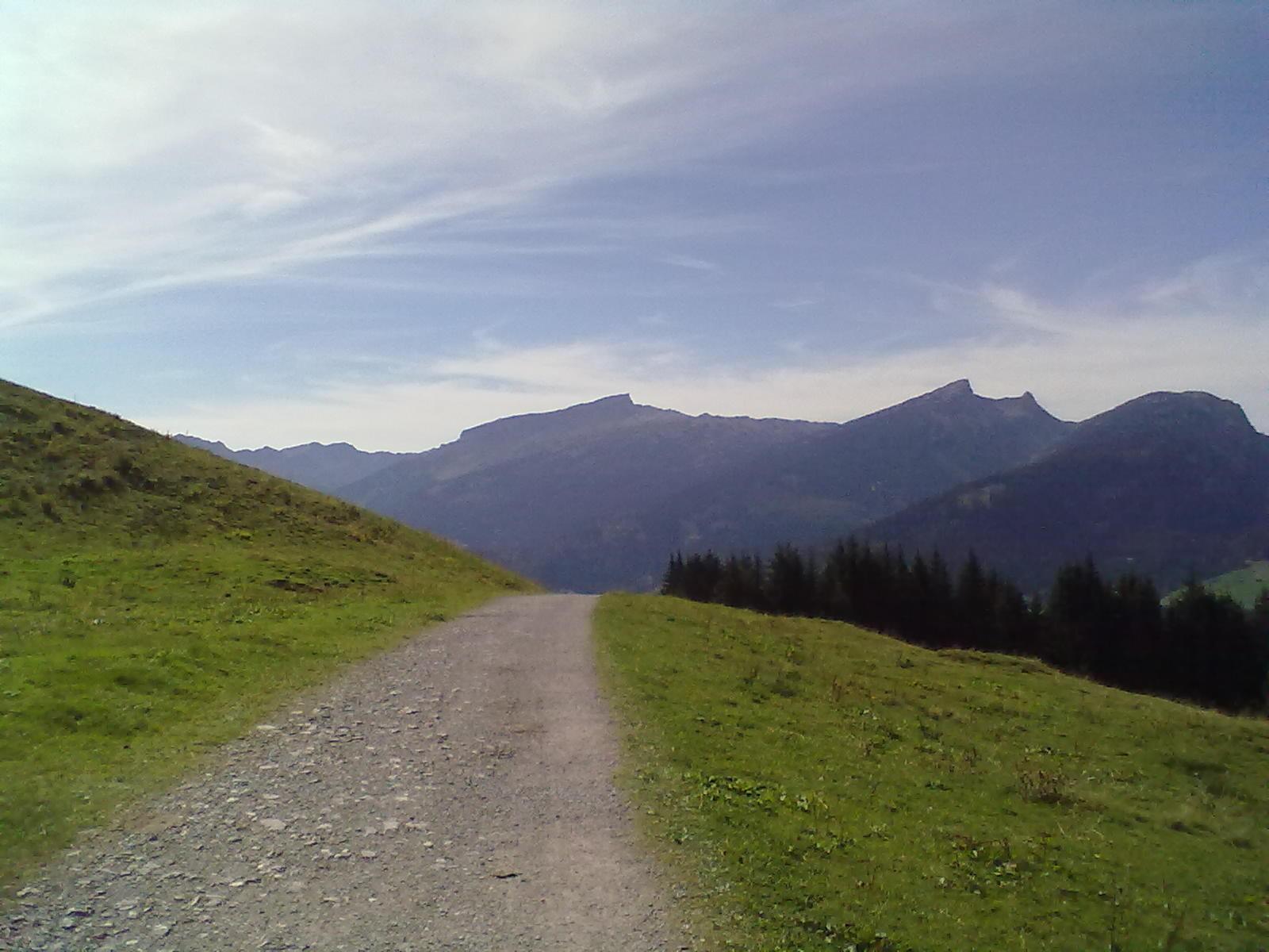 Wanderweg vom Söllereck nach Riezlern
