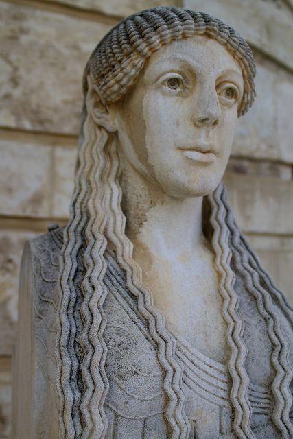 DIOTIMA, la sacerdotessa dimenticata